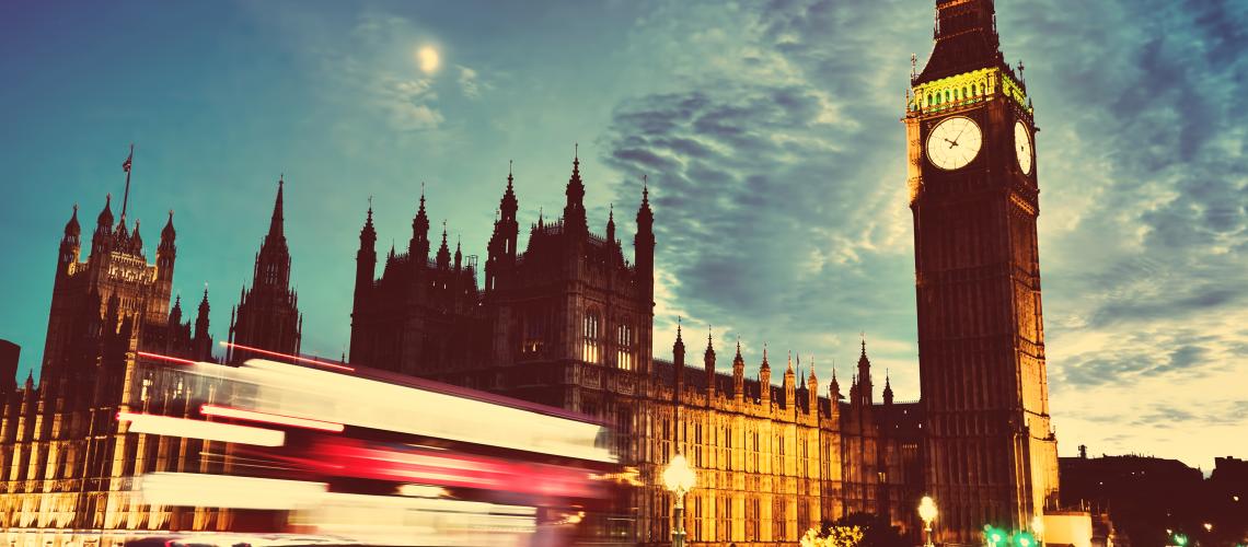 רקעים לפוסטים Tech&Law.png british